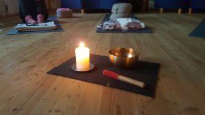 yoga_kerze_klangschale_klein